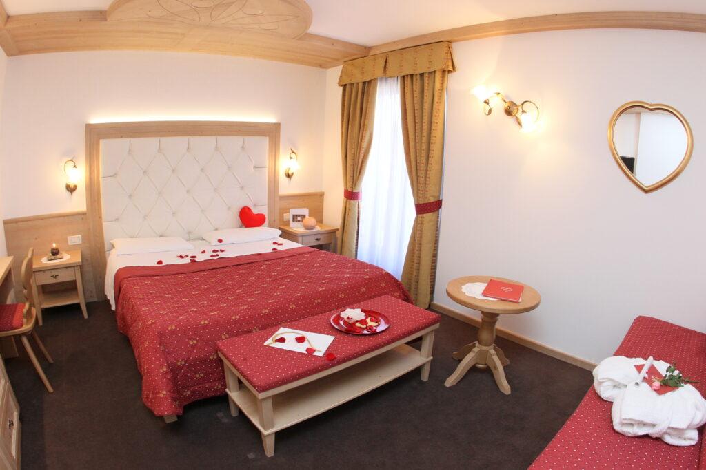 Hotel ad andalo con camere romantiche
