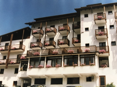 Hotel Cavallino Andalo ristrutturato