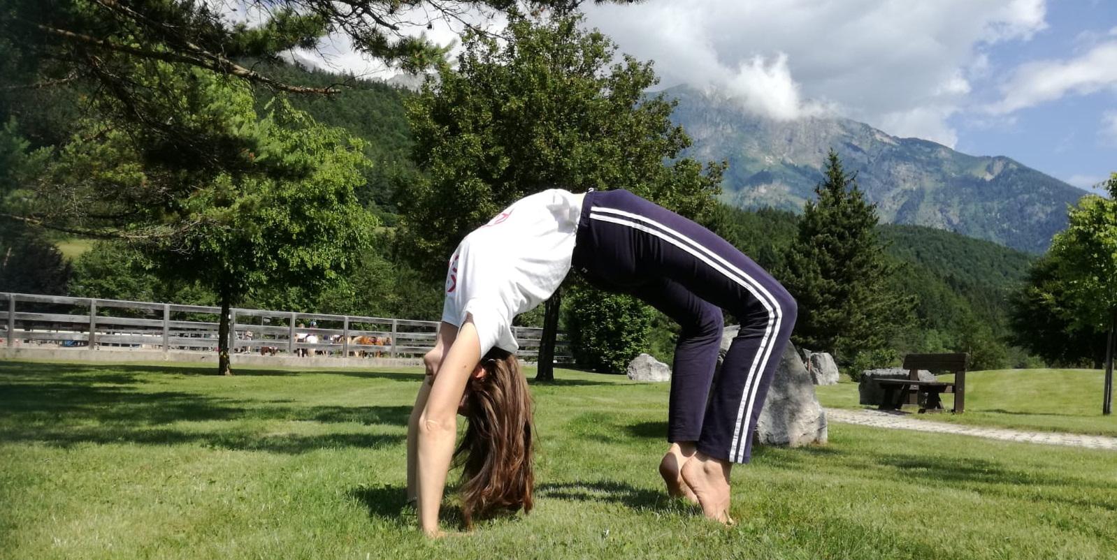 Yoga sulle dolomiti di Brenta